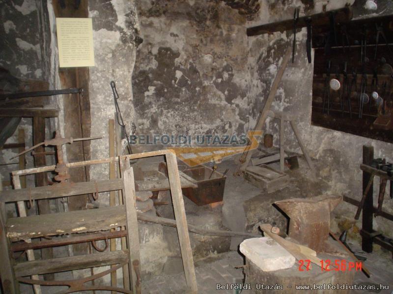 Kézművesház