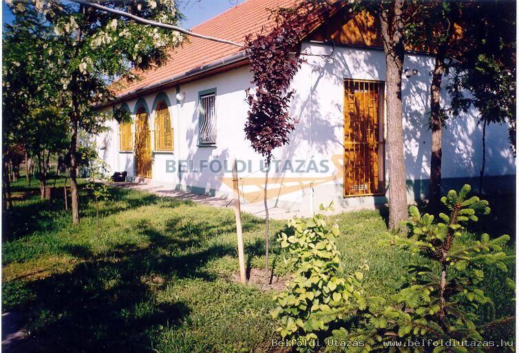 Betti Motel és Pihenőház (3)