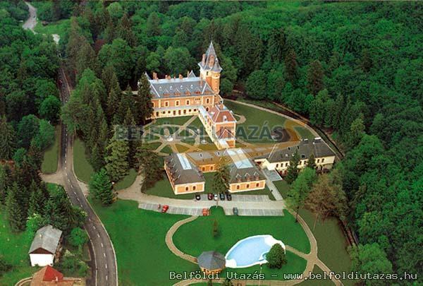 Castlehotel Sasvar (2)