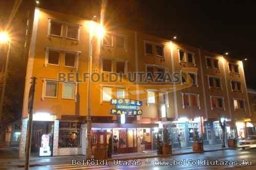 Ramszesz Hotel (1)