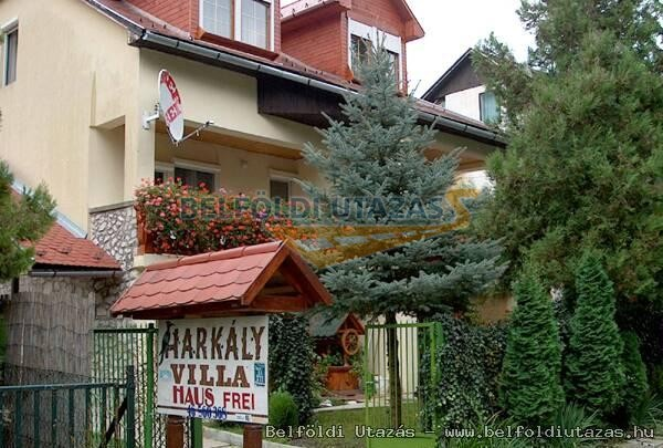 Harkály Villa - Romantikus Appartmanház (1)
