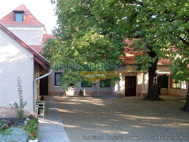 Az üdülőház bejárata