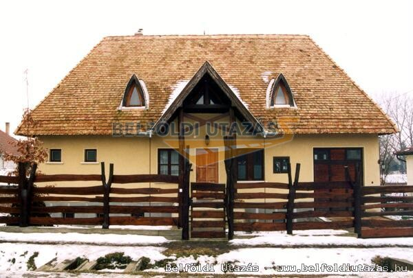 Jelenik Ház (1)