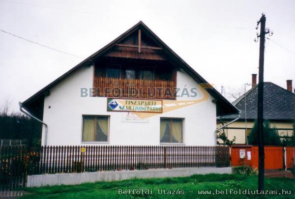 Ligeti Szabadidő Tábor (1)