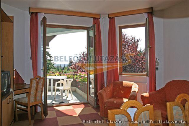 Dominika Apartman Hotel (3)