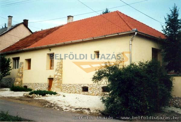 Lavotta Ház (1)