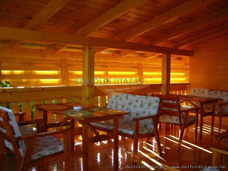 Napfény Apartmanház (4)
