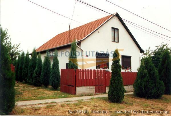 Julcsi Ház (1)