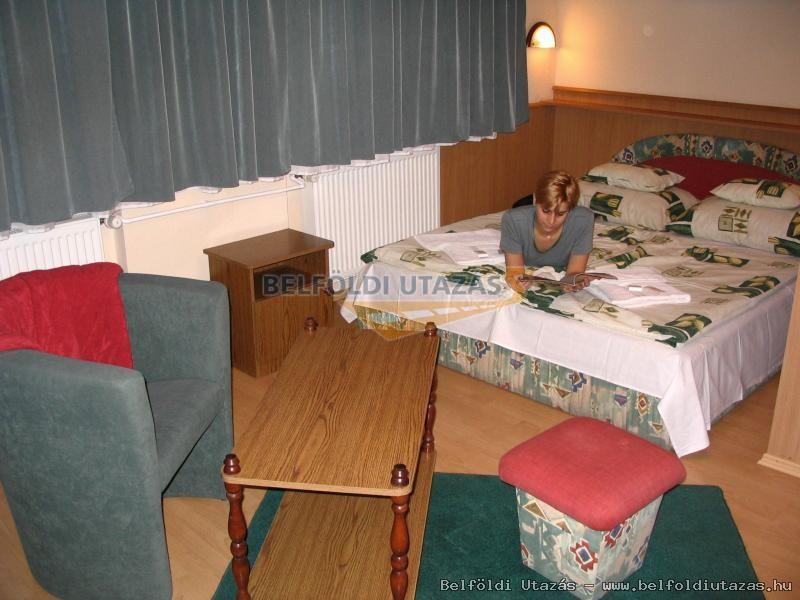 Fortuna Hotel (2)