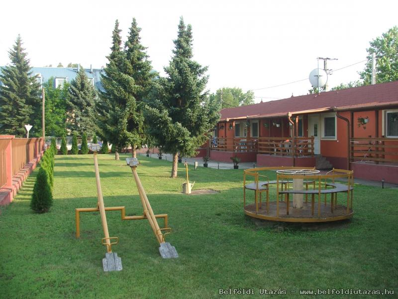 Boglárka Pension-Restaurant (24)