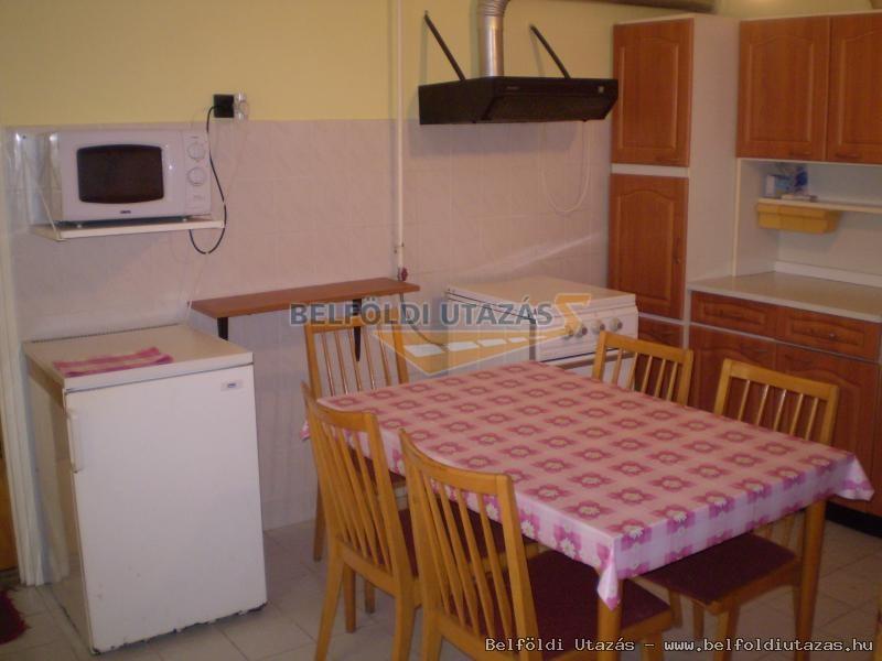 nagy apartman: konyha