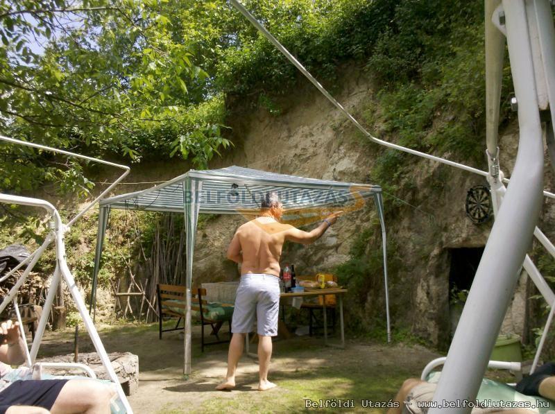 Ház a hegy alatt (13)