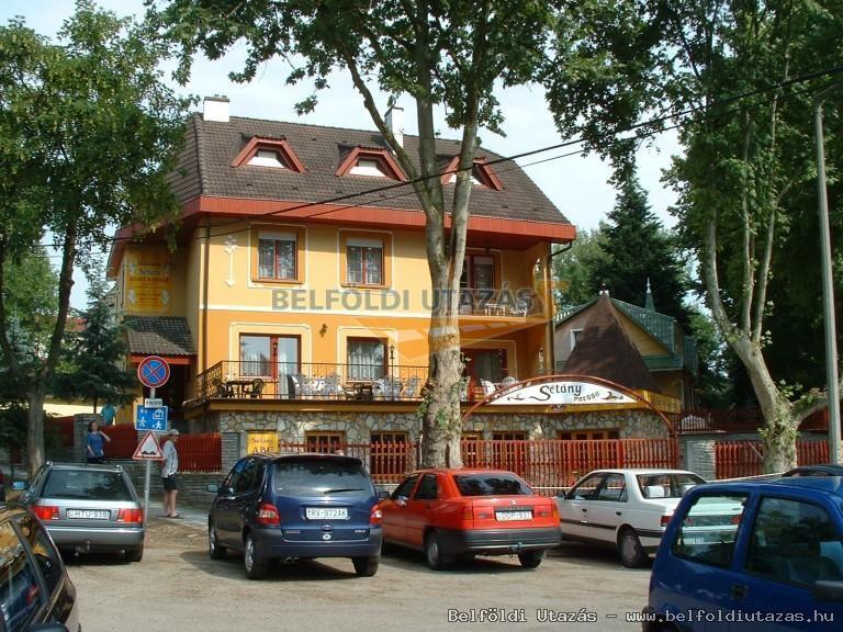 Herczeg Sétány Apartmanház (1)