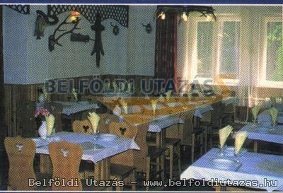 Hollóstető Fogadó Restaurant (3)