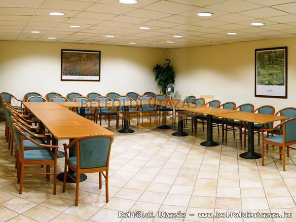 Gastland M0 Hotel Étterem és Konferenciaközpont (8)