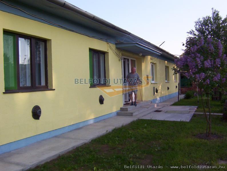 Mónosbél Pihenőház (1)