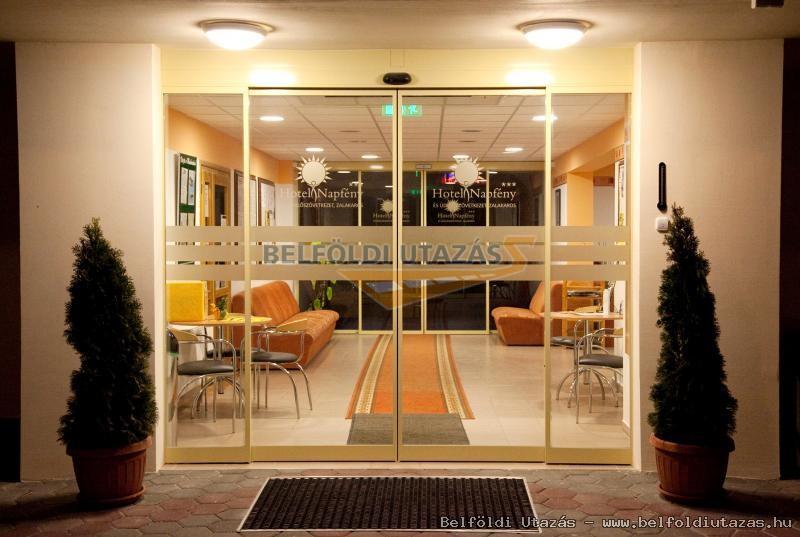 Hotel Napfény*** (5)