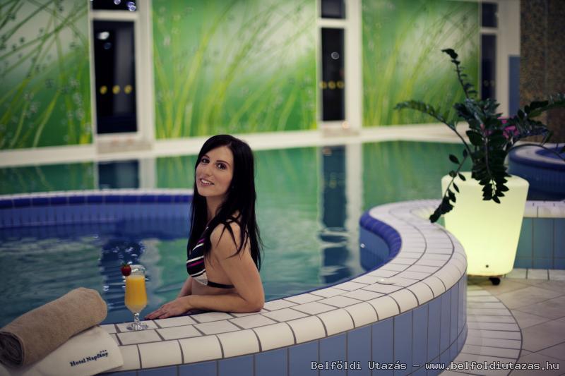 Hotel Napfény*** (2)