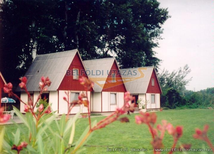 Hotel Rencz & Bungalows Camping (1)
