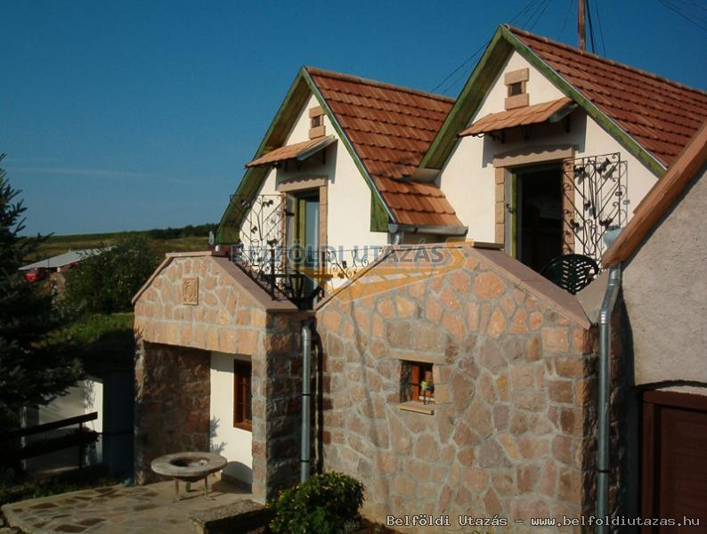 Pásti Pincék és Pihenőházak (2)