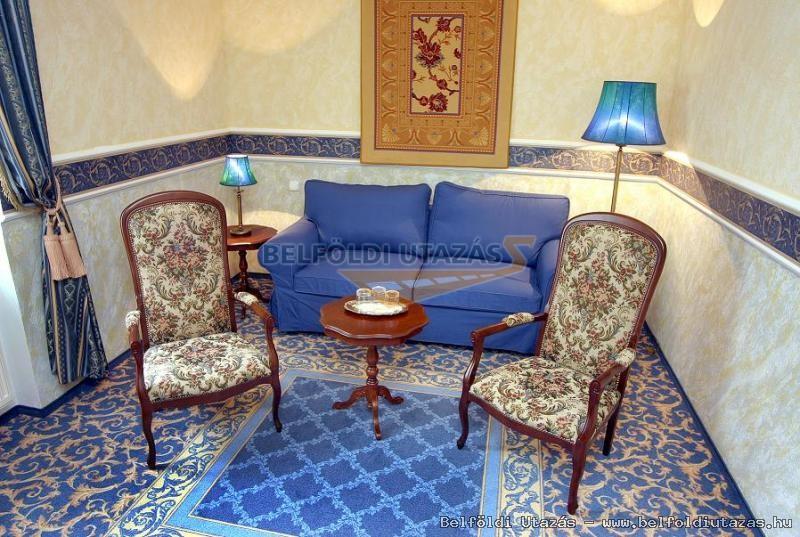 Puchner Schlosshotel**** und Renaissance Themen Park Bikal (2)