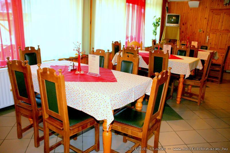 Castle Pension & Restaurant (3)