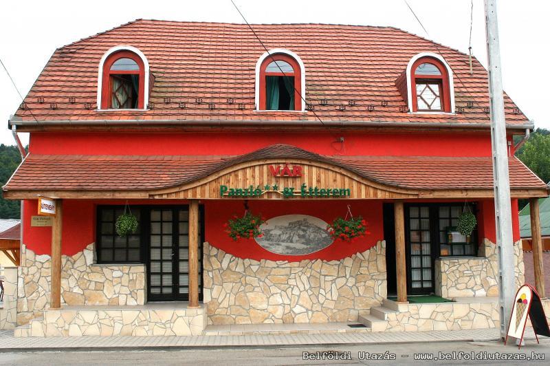 Castle Pension & Restaurant (1)