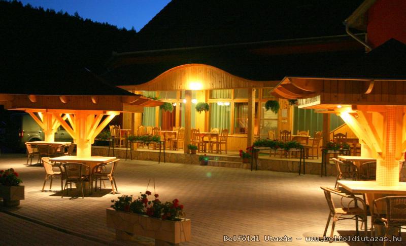 Castle Pension & Restaurant (5)