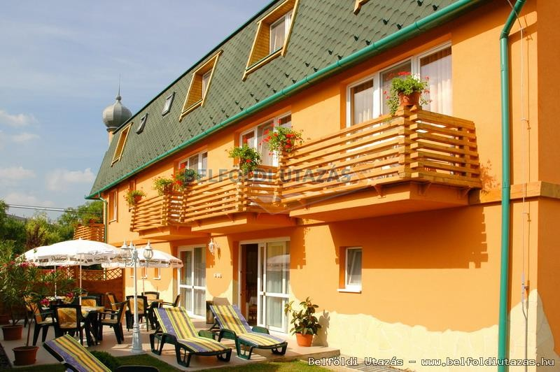 Karádi Hotel**** (1)