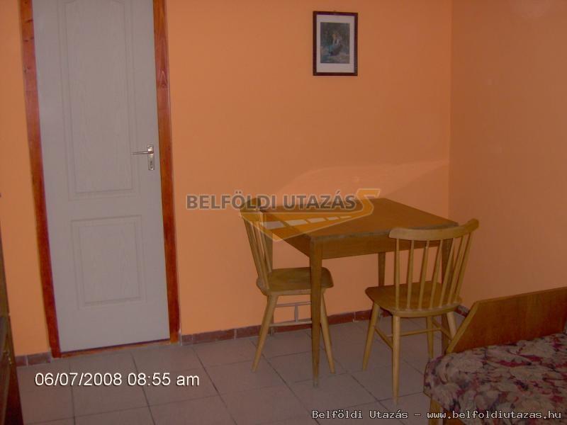 Csalogány Apartman (3)