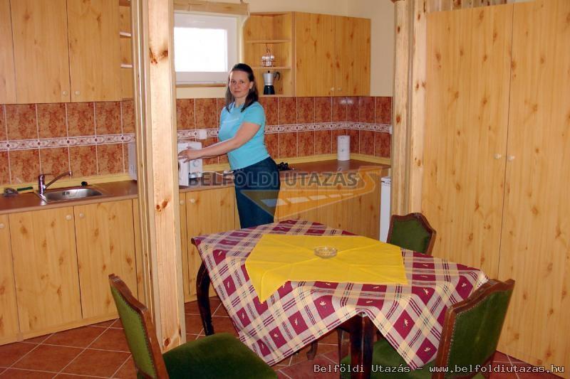Cserke Apartman (2)