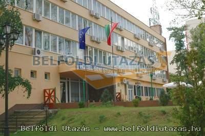 Hotel Seni Studium (1)
