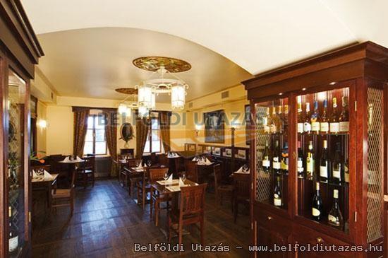 Löwe Wein-Restaurant, Wein-Keller und Pension (1)