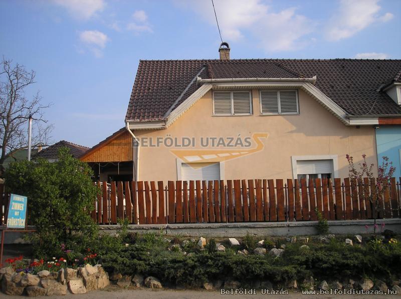 Muskántlis Ház (1)