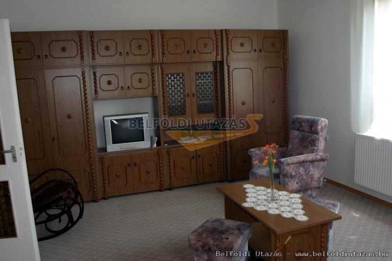Andi Privát Apartman (2)