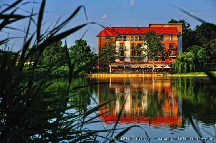 Hotel Corvus Aqua (1)