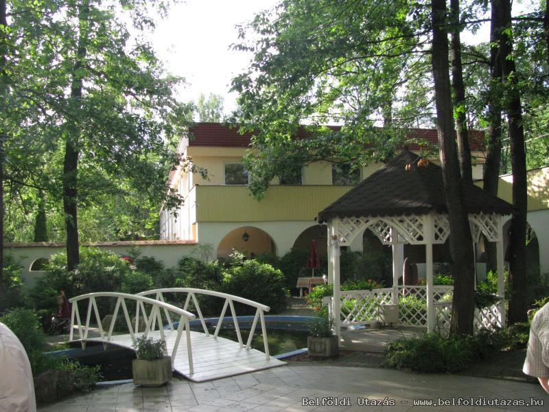 Öreg-Tó Club Hotel és Ifjusági Tábor (2)
