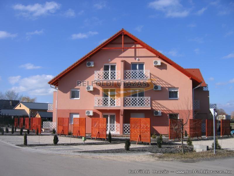 Ildikó Apartmanház (1)
