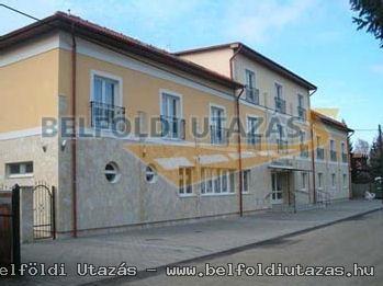 Nefelejcs Hotel *** (1)