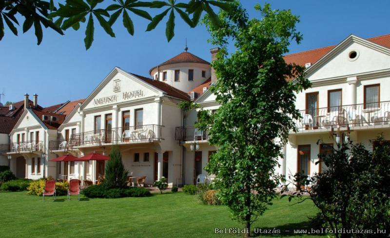 Ametiszt Hotel Harkány (1)