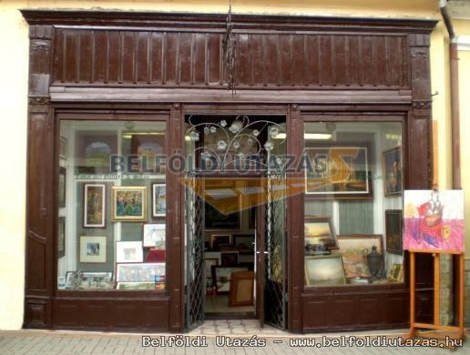 Tokaj Gallery and Saloon of Fine Arts (1)