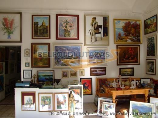 Tokaj Gallery and Saloon of Fine Arts (3)