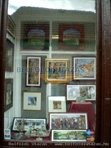Tokaj Gallery and Saloon of Fine Arts (2)
