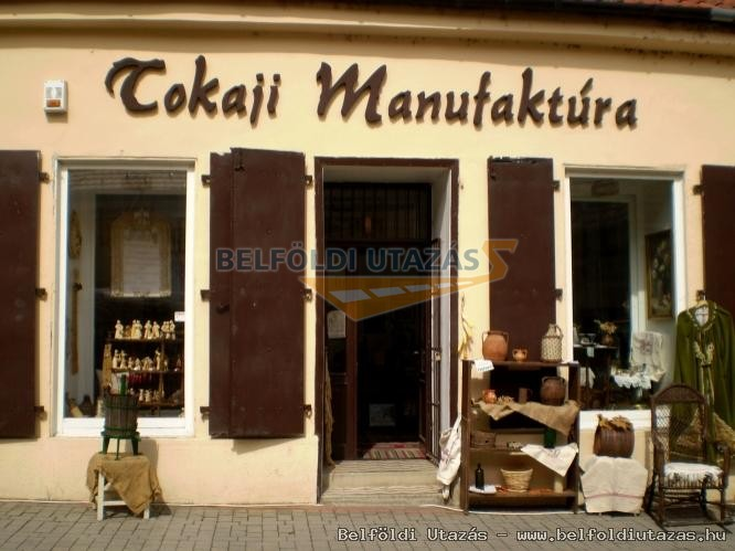 Tokaj Manufaktura Showroom and Creative House (1)