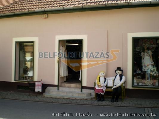 Tokaji Galéria Kézimunka és Gobelin Szalon (1)