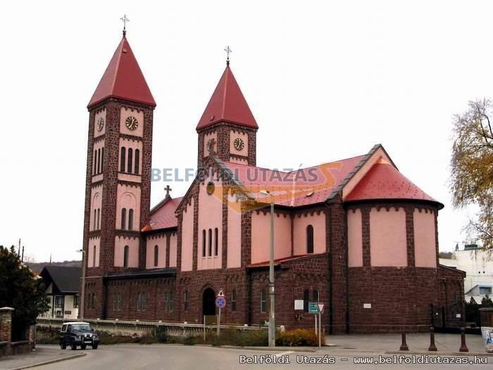 Red Church _roman catholic