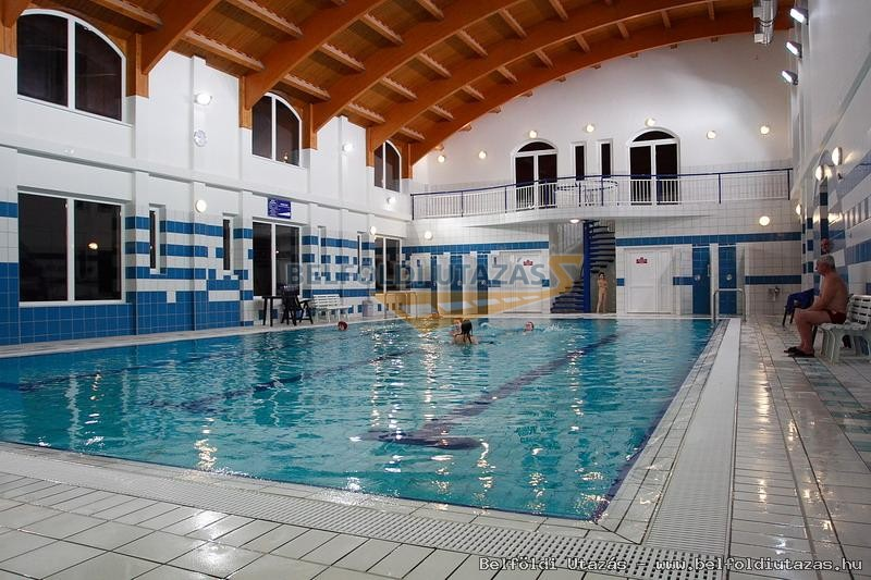 Úszoda