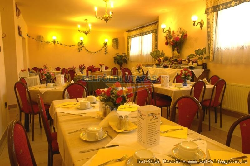 Attila Hotel & Panzió (5)