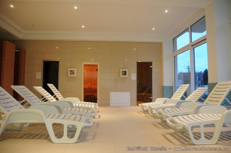 Két Korona Hotel-Wellness Centrum