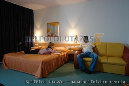 Club MenDan Apartmanház (2)